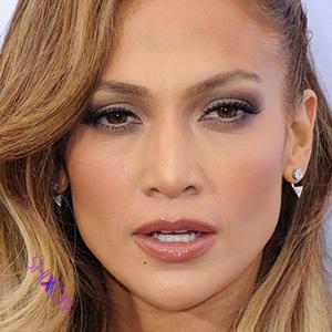 دانلود موزیک ویدیو جدید و فوق العاده دیدنی  Jennifer Lopez به نام Aint Your Mama