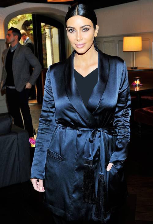 استایل کیم کارداشیان - لباس برای خانم ها با سینه بزرگ