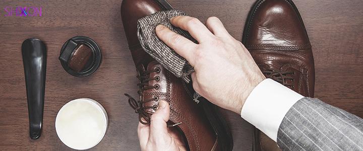 چگونه کفش های خود را در طول زمست...