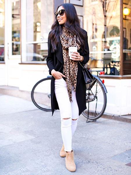 شال مشکی کرم عکس شلوار جین سفید را با چه لباسهایی ست کنیم؟-وبلاگ شیکسون